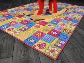 Tappeto in moquette eseguito su misura ppv - Ikea tappeto gioco ...